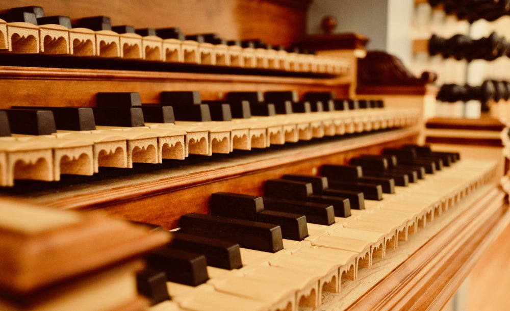 Detail of the mean-tone Taylor & Boody pipe organ keydesk, with sub-semitones. Marquand Chapel, Yale University.