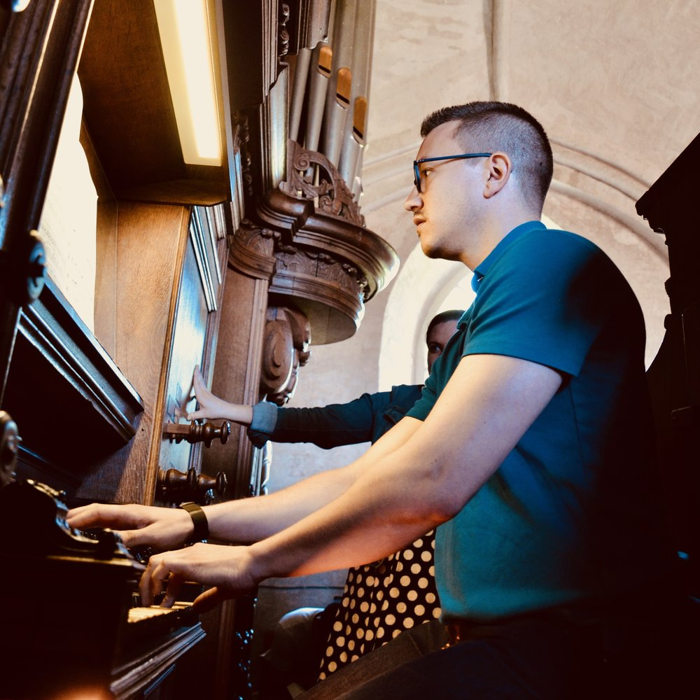 Corey De Tar at the 1733 Hinsz Organ, Leens, Holland.