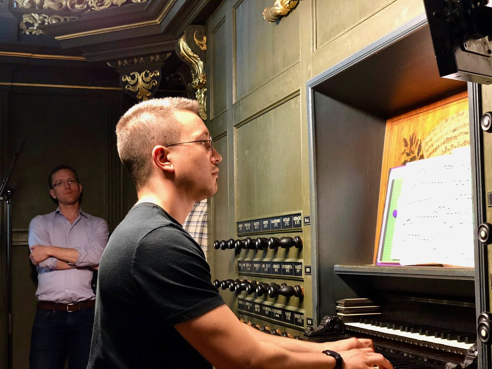 Corey De Tar at the console of 1692 Arp Schnitger pipe organ, Martinikerk, Groningen.