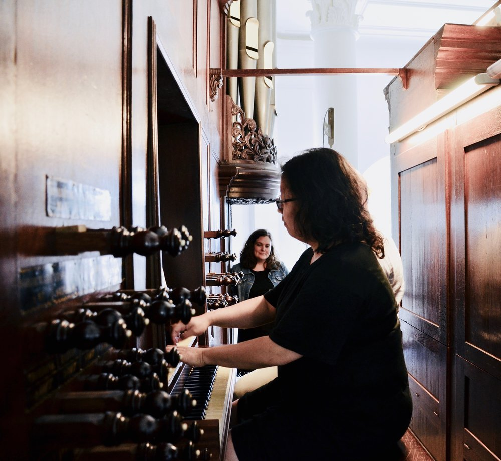 Jennifer Hsiao at the 1823 Lohman organ, Hervormde kerk, Farmsum, Netherlands.