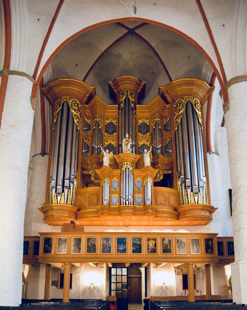 1693 Arp Schnitter organ in St. Jacobi, Hamburg, Germany,.