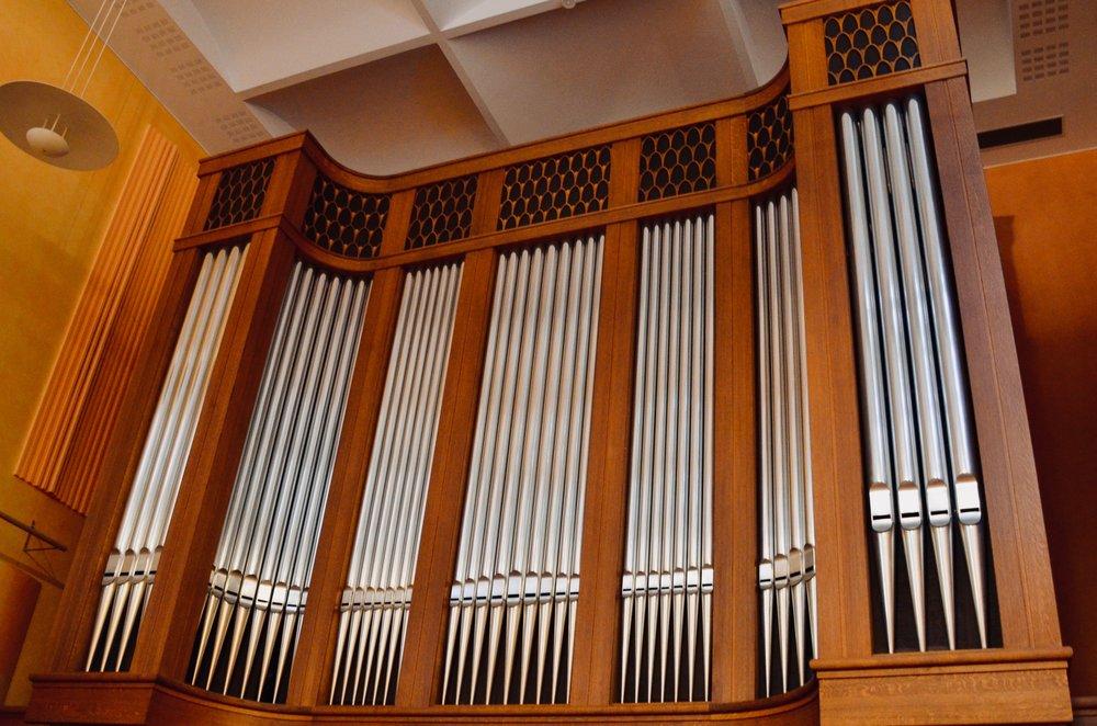 The 1998 Verschueren organ in Goteborg University.