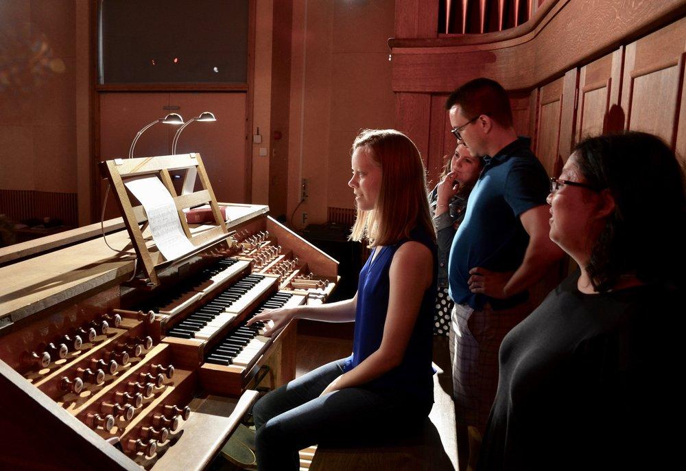 Laura Gullett plays the 1998 Verschueren organ in Göteborg University.