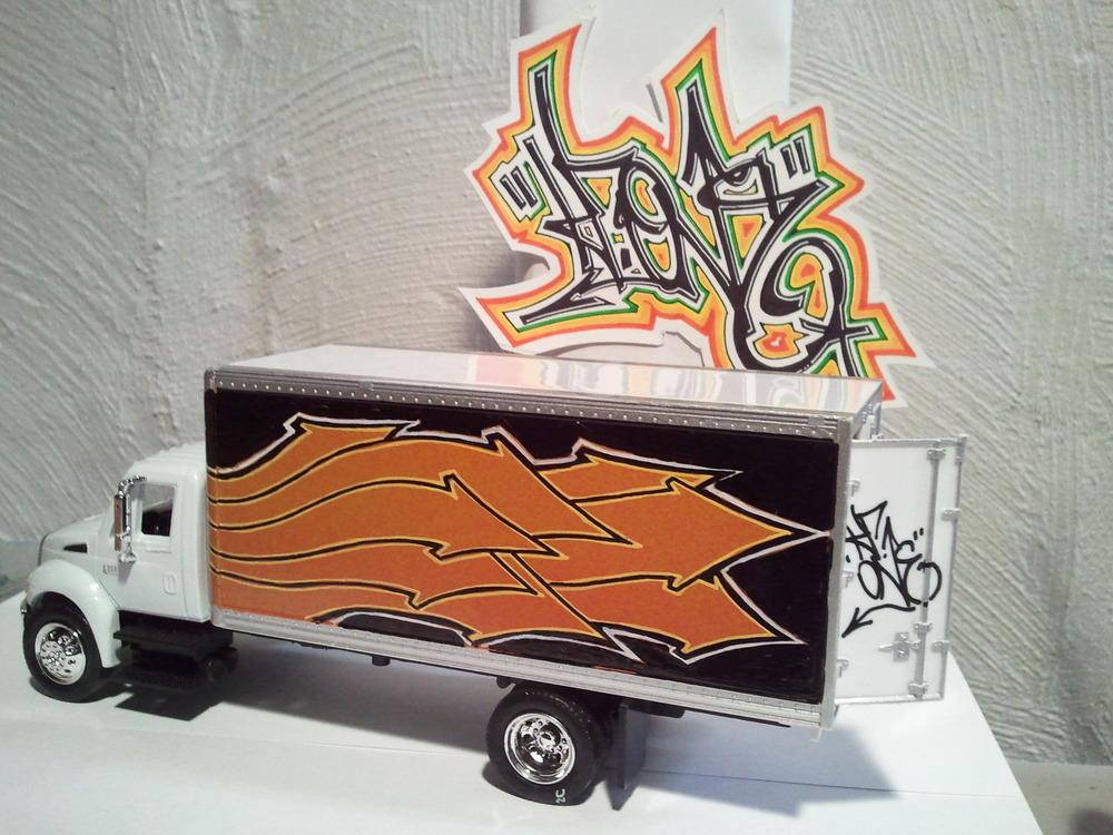 GraffTruckin' 2.jpg
