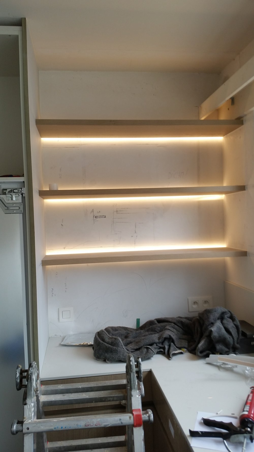 Ingewerkte LED strips