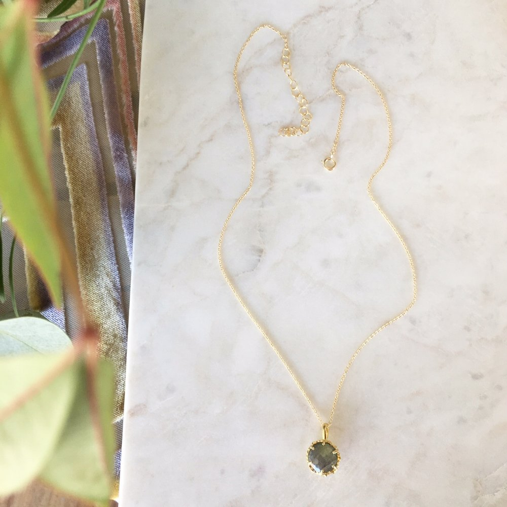 Labradorite Nest Necklace