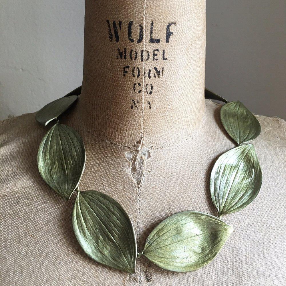 Solomon's Leaf Collar