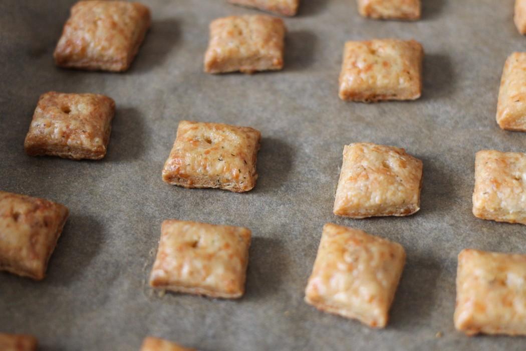Garlic + Herb Cheese Crackers