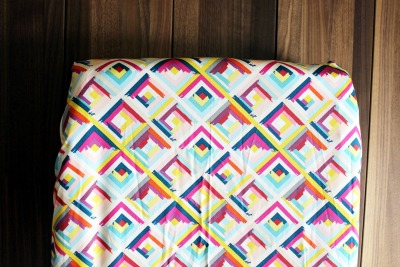 geometric changing pad cover