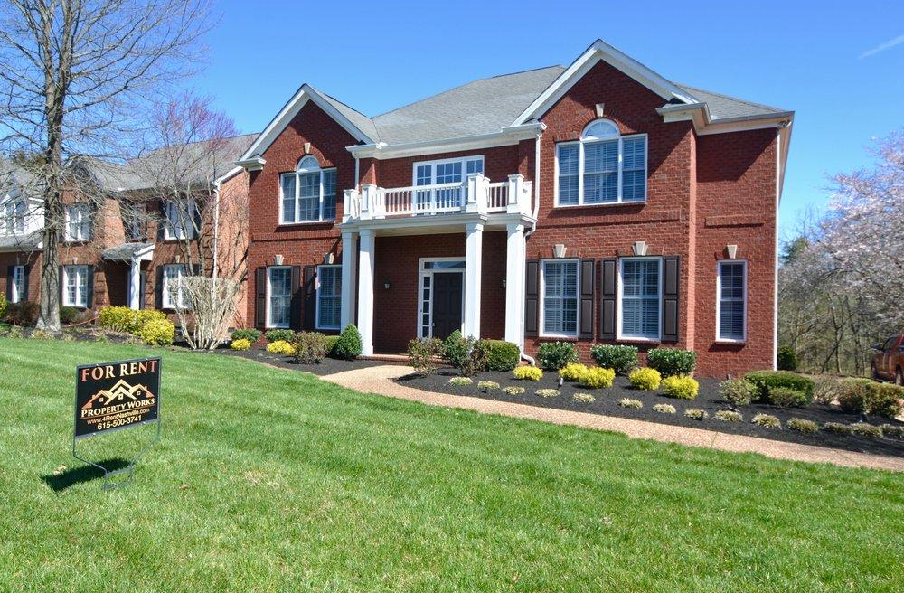 1240  PENDING Goodlettsville:   1240 Twelve Stones: House: 4 Br, 3 1/2 Ba, Office, Workout Room, 3 Car Garage