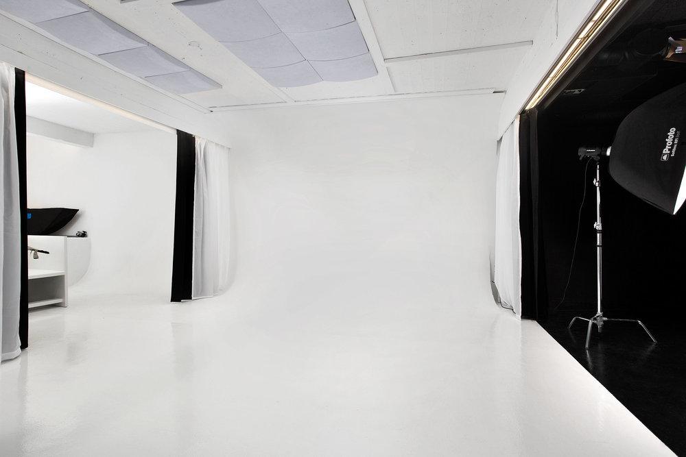 studio hvit