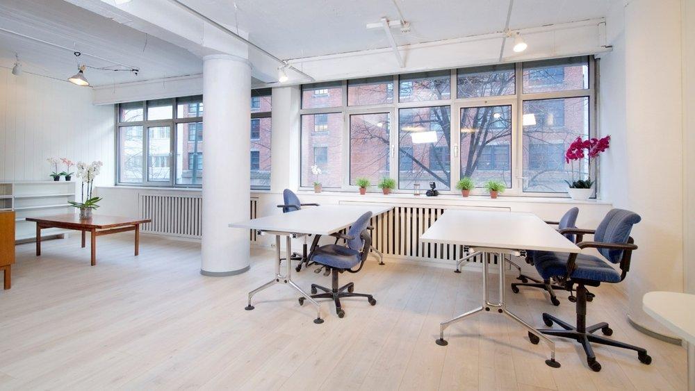 Lyse og trivelige lokaler i et kreativt kontorfellesskap