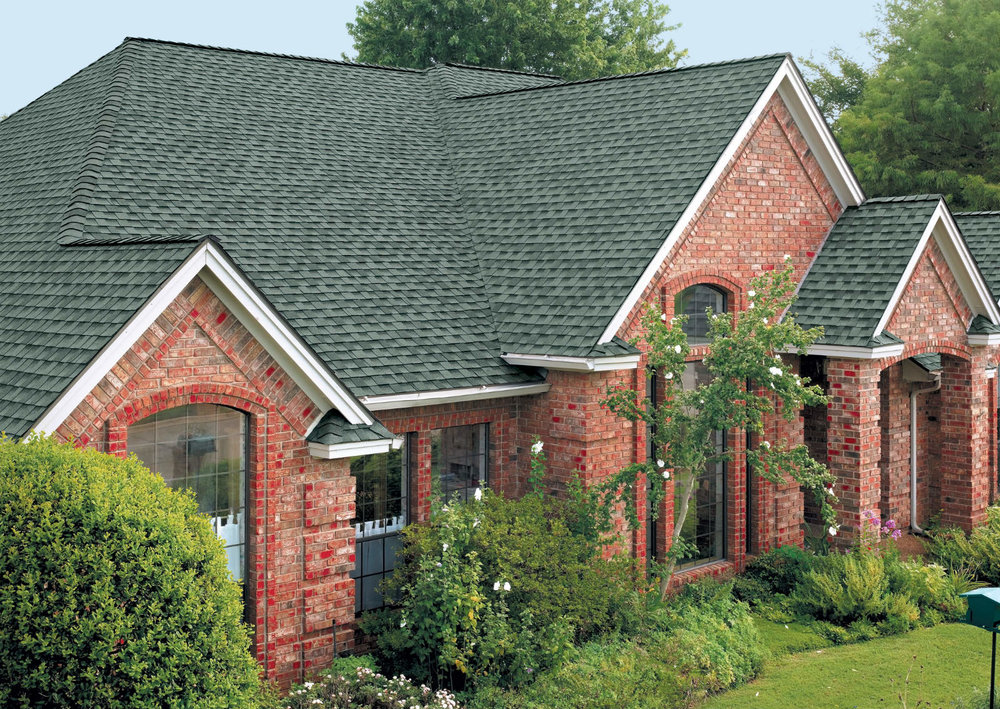 SLATE HD   Slate has a unique blend of greens greys and teal to closely resemble the color of real slate. This color is great for homes with greys, whites and blues. It provides a really nice authentic look with the value of asphalt shingles.