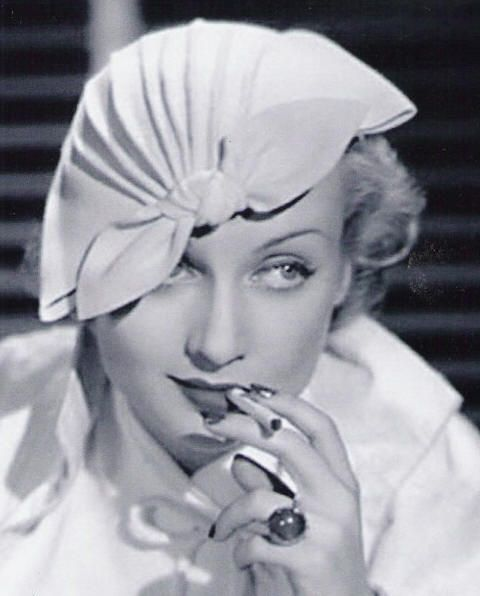 carole lombard in lilly dache hat.jpg