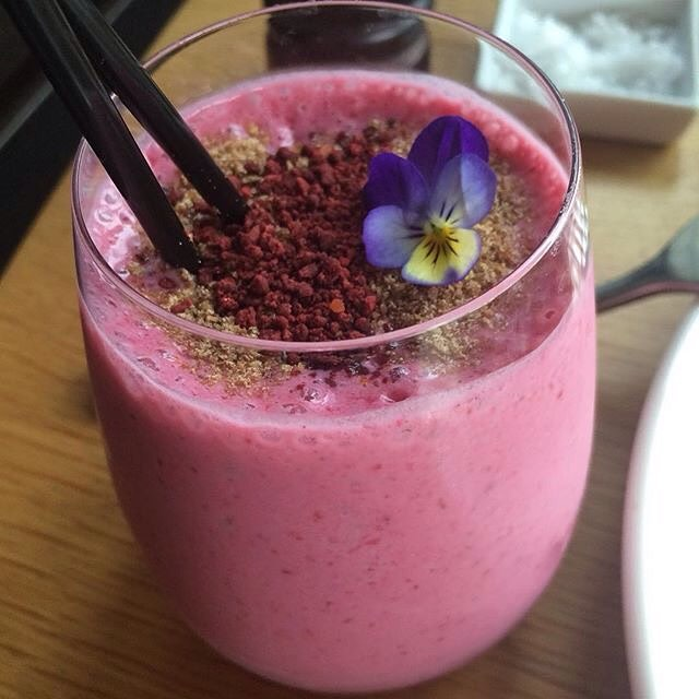 There's nothing like a #berry #smoothie with linseed for an afternoon #snack! Refresh yourself. #Refresh #Refuel #AfternoonSnack #Healthy 📷: @mandymoo_nz