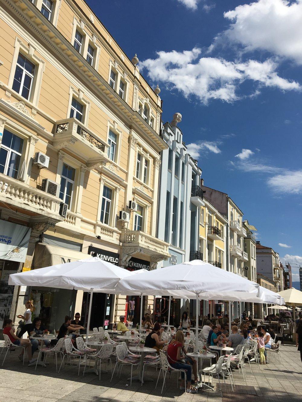 Cafes on Main Street