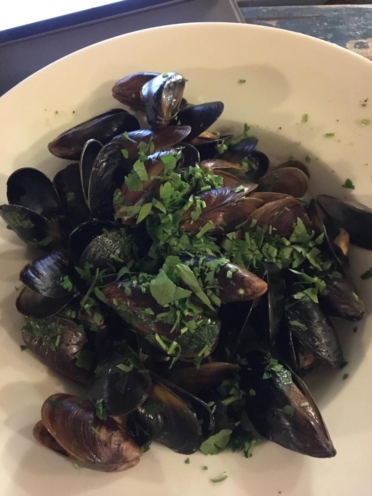 Steamed Black Sea Mussels