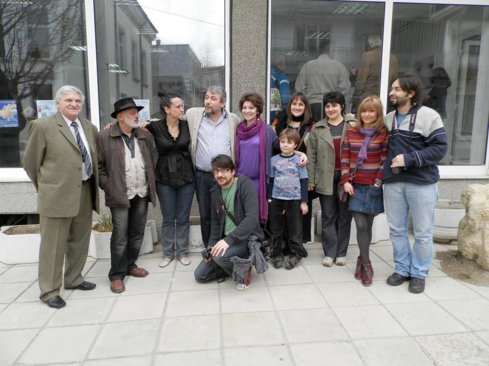 Neicho Savchev (far left) and Radi Neichev (far right) with other artists