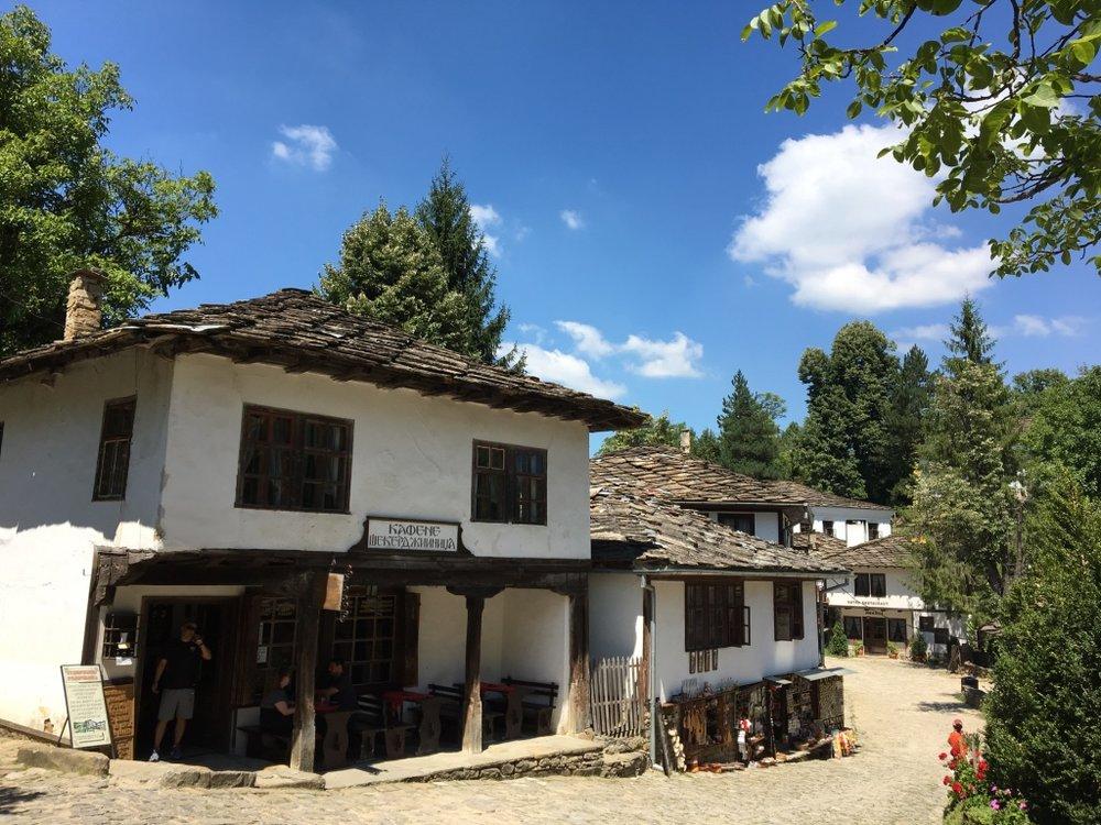 Village square in Bozhentsi