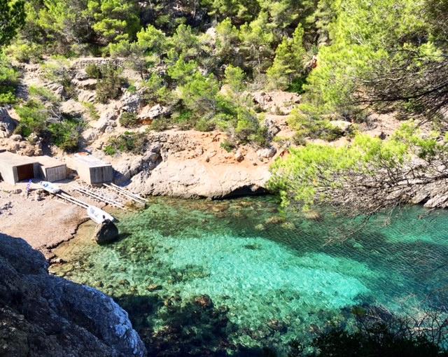 Utopia Ibiza secret beach restaurant 2.jpeg