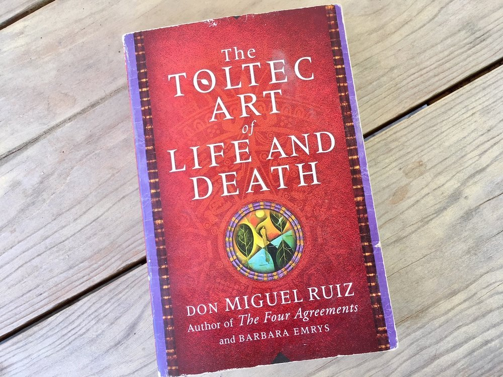Spiritual books The Toltec Art of Life and Death