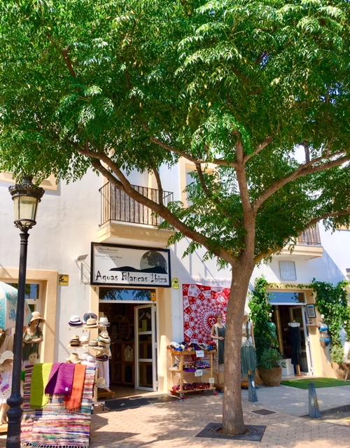 Santa Gertrudis Ibiza shopping
