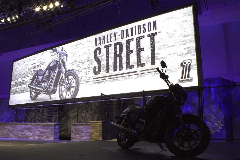 Harley-Davidson_4small