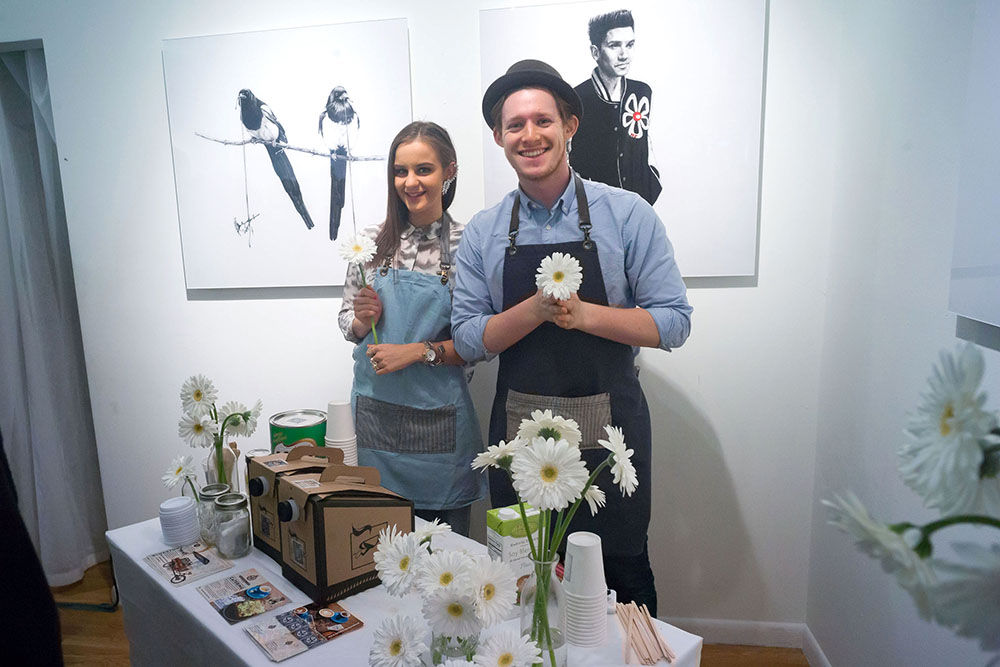 Shoppers Enjoy The Marc Jacobs Daisy Chain Tweet Pop Up Shop - Fall 2014 Mercedes - Benz Fashion Week