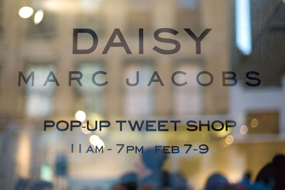 Shoppers Enjoy The Marc Jacobs Daisy Chain Tweet Pop Up Shop - Fall 2014 Mercedes - Benz Fashion Week