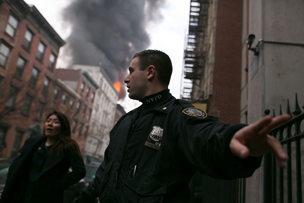 news-Photographer-NY-Building-explosion-757