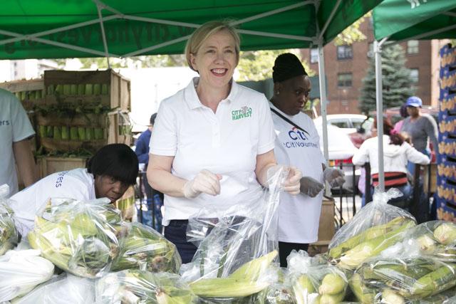 City Harvest Mobile Market Melrose Ben Hider Food Photographer
