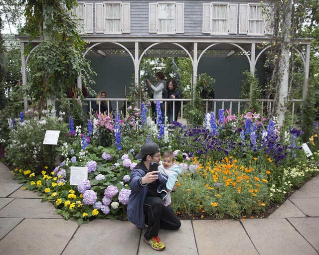 New York Botanical Gardens Impressionism: American Gardens Canvas