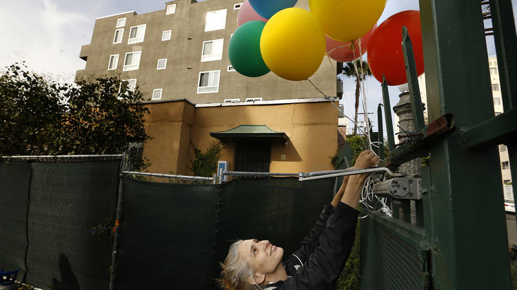 la-me-small-houses-balloons-pictures-1.jpg
