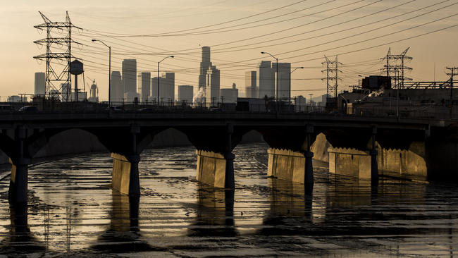 la-los-angeles-river-20150807.jpg