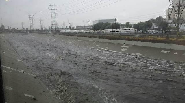 lariver-rain-91515-thumb-640x359-27925.jpg