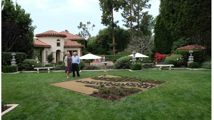 A view of one of Chin's mirror sites planted in a private garden in Brentwood. (Amanda Wiles / Current: LA Water)