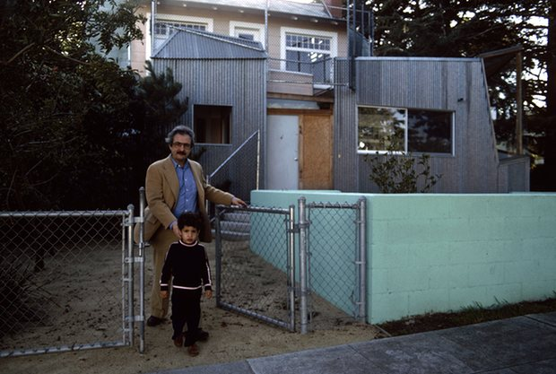 Frank Gehry and his son, Alejandro, in front of his home in Santa Monica in January 1980. Photograph: Susan Wood/Getty