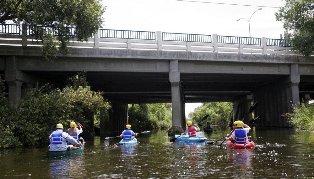 Kayakers paddle down the Los Angeles River. (Noaki Schwartz,  AP  )