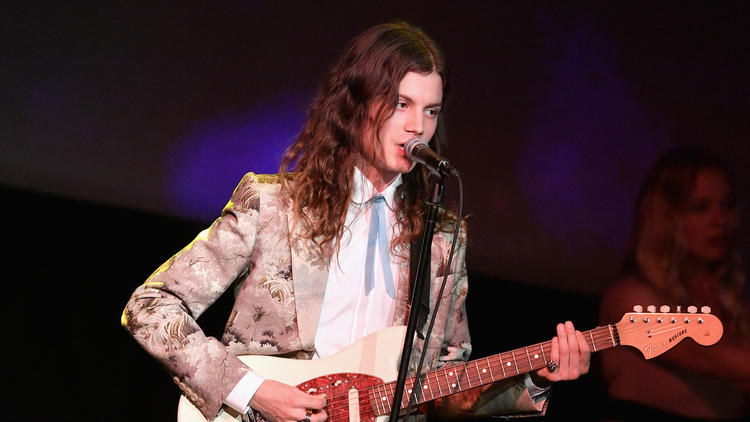 Musician Børns performs at the 2016 LACMA Art + Film Gala honoring Robert Irwin and Kathryn Bigelow. (Mike Windle / Getty Images for LACMA)