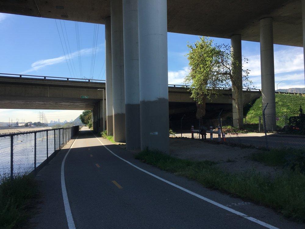 "134 Freeway piers and bridge adjacent to LA River Bike Path could become potential ""Art Garden"""