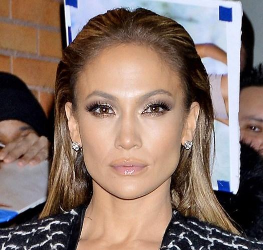 Jennifer-Lopez_glamour_21jan15_rex_b_540x810.jpg
