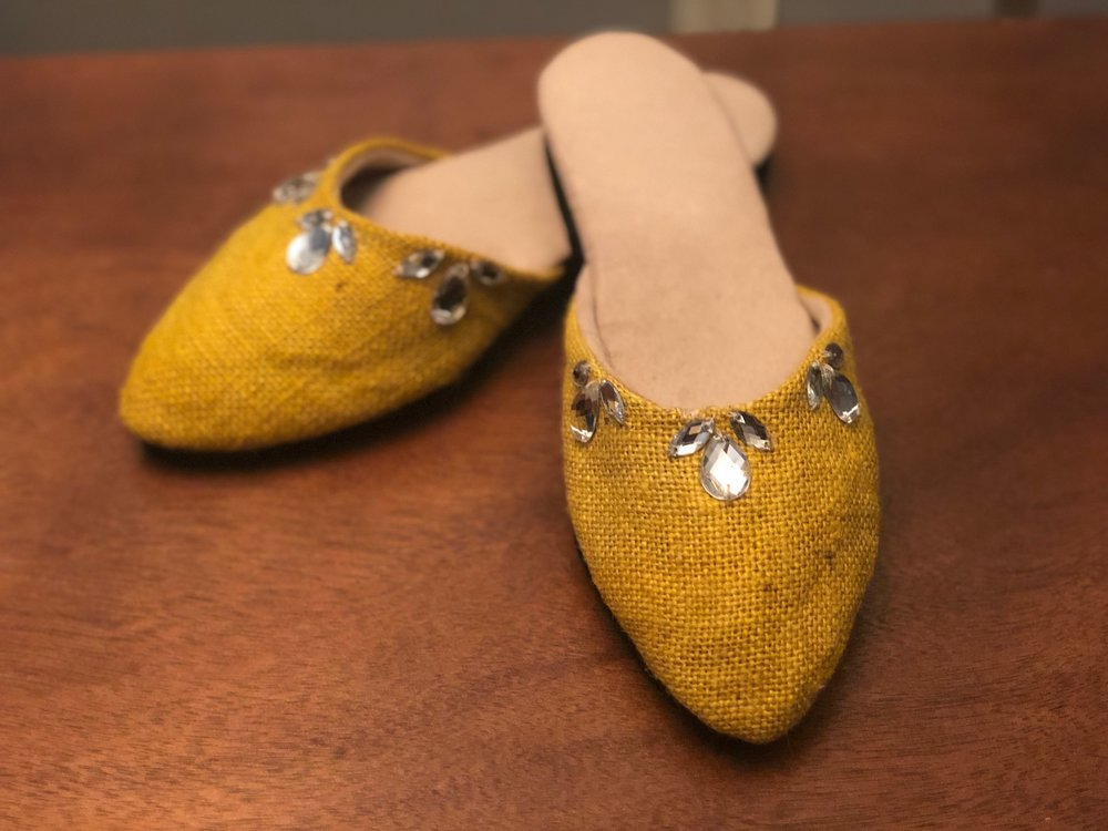 yellow shoes4.jpg
