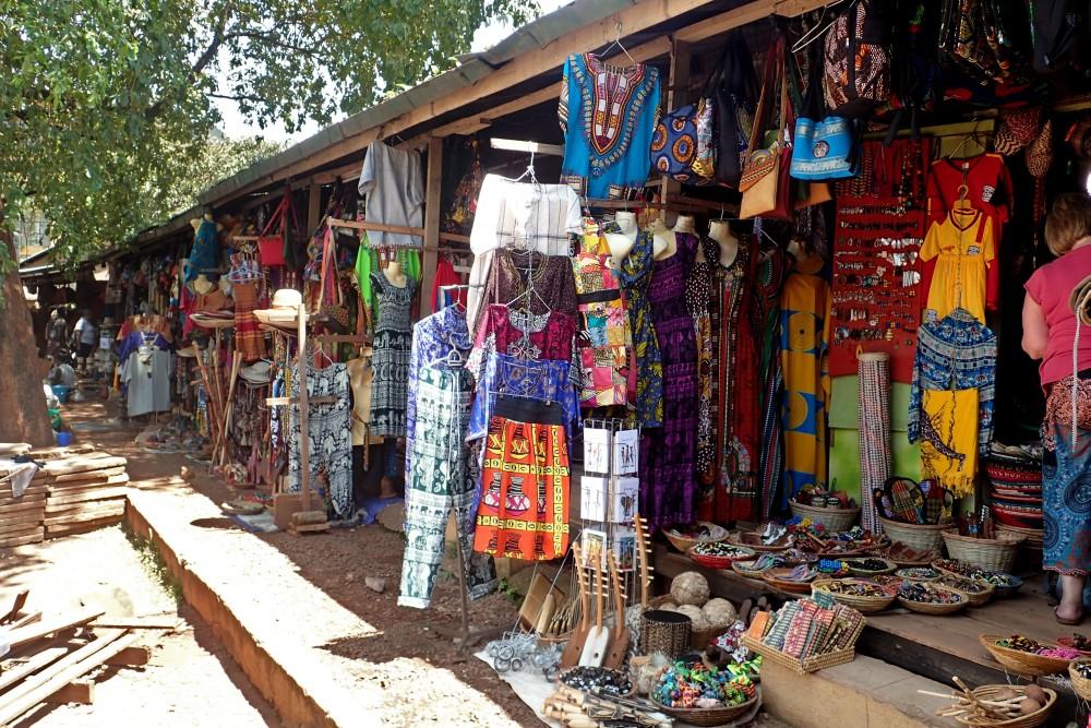 AfricanMkt.jpg