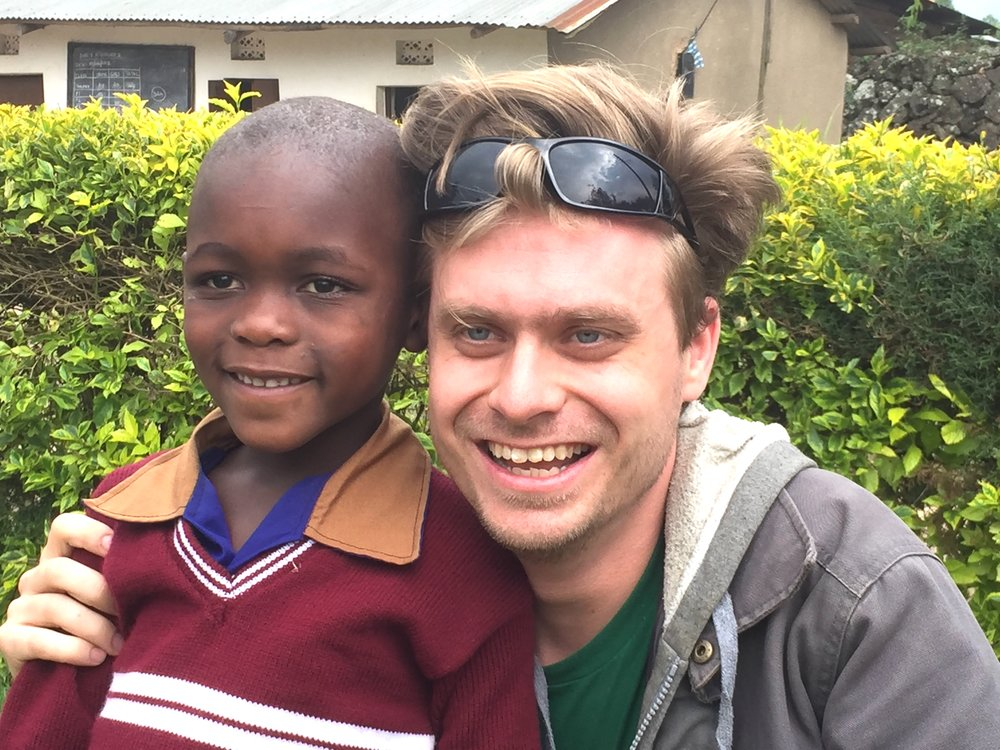 Evan met his new brother yesterday - Blessing is his name and he is in Baby Class (Kindergarten). These two will become fast friends! The Martins recently started sponsoring Blessing.