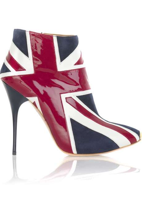 Across the Pond Shoe.png
