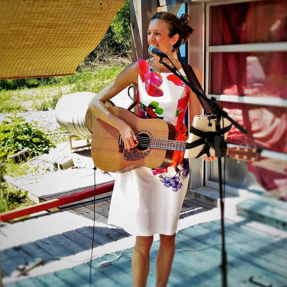 Nicole Lisa Craig - Relax to some of the most beautiful classic songs from throughout the decades on the patio with a great view