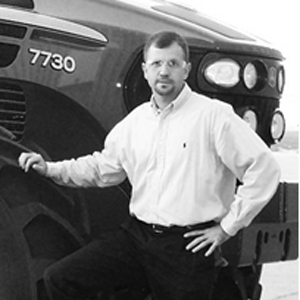 E.J. Smith   EJ has 18 years of design and program management experience. Much of this was spent developing mobile equipment. Early in his career, EJ worked as lead engineer for a tier one supplier to Newport News Shipbuilding and Electric Boat Division managing special order components. EJ is best known for bringing teams of highly talented individuals together and executing complex projects. He has led teams of up to 50 members on global projects, spread across multiple continents, managing $30M budgets