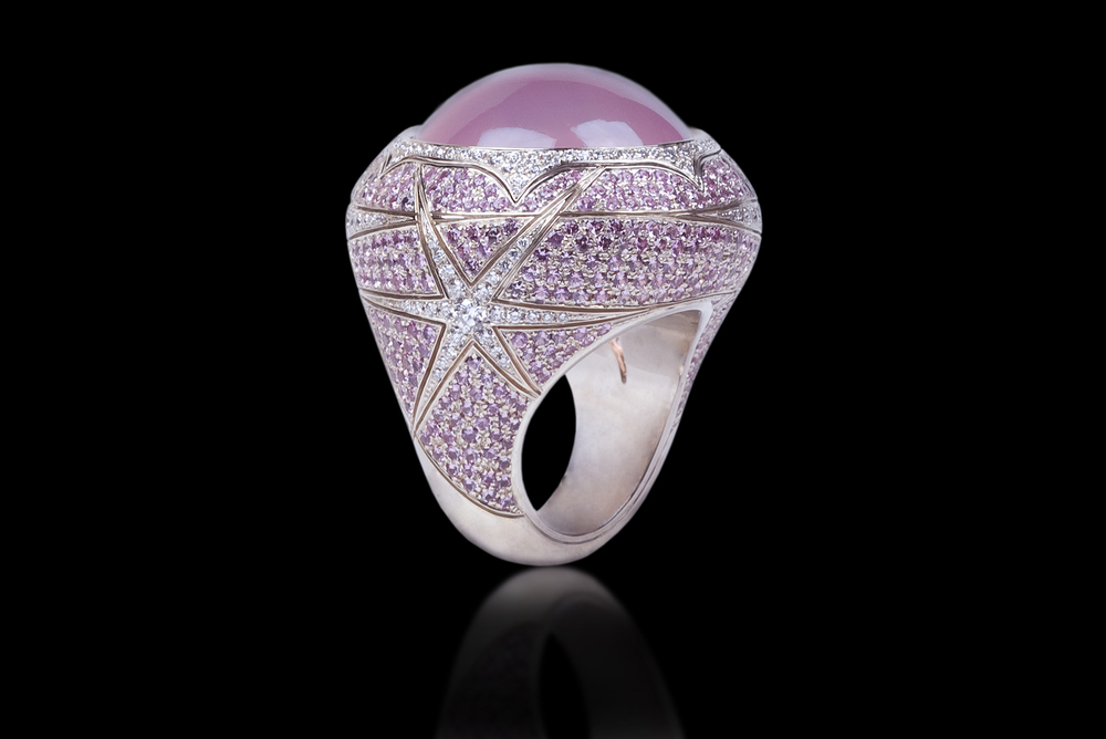 Ring - Starry Day The jeweled designer ring transforms us into a princess. Ring in 18 karat White Gold, with Rare Star Rose Quartz, white Diamonds and Pink Sapphire Please call for price