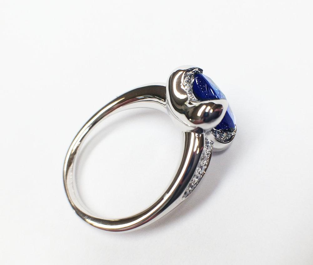 side view of prior picture  diamond, sapphire, diamond