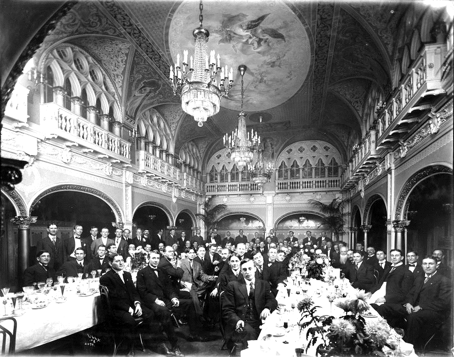 Davenport Hotel Hall of Doges, Spokane, c. 1915, Washington State Historical Society